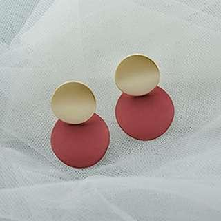 🚚 SAGE EARRINGS IN GOLD RED