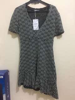 Zara women asymetric dress (tweed)