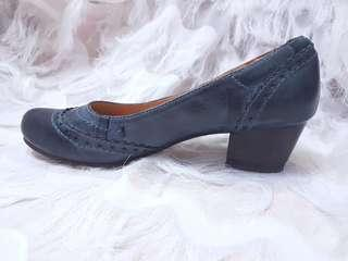 Real leather lucca vudor gradient dusty blue heels
