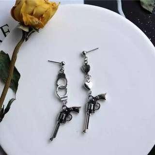 (po) gun pistol earring