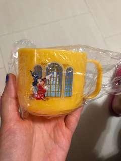 東京迪士尼酒店記念膠杯