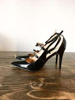 BANANA REPUBLIC new patent leather heels 9