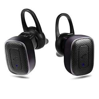 Q5 black wireless earphones