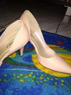 Louis carnie's shoes