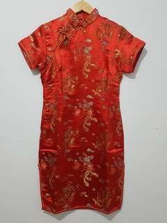 Dress cheongsam wanita merah motif naga lengan pendek sz M