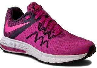 Nike zoom winflo fire pink