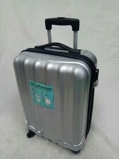 20吋銀色亮面PC膜覆ABS硬殼行李箱