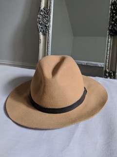Kookai 100% wool fedora hat