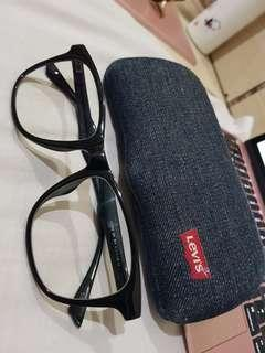 Kacamata/minus/sunglasses/levi's