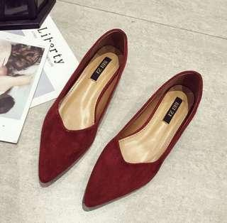 🚚 Brand New Suede 3cm Broad Heels