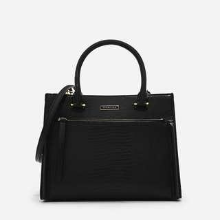 🚚 Charles & Keith Front Zip Structured Handbag