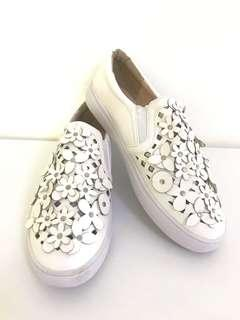 $19 Women's White Shoes