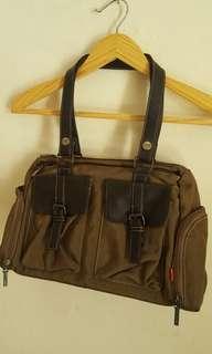 Handbag Espirt Hijau Army Preloved