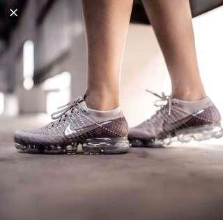 Vapormax nike sneaker pink grey vapor max