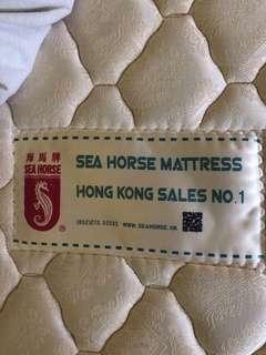 海馬床褥 mattress