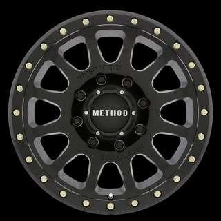 Original method 305 NV Matte 16x8 +0 6x139.7 with BFgoodrich tyre 285 75 16