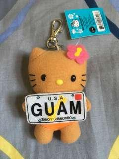 日本北海道Sanrio Hello Kitty毛公仔掛飾吊飾