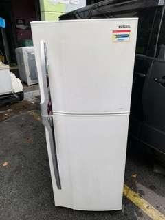 TOSHIBA 2 DOOR FRIDGE