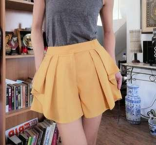 Mustard Yellow Highwaist Shorts