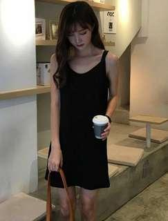 🎠 Little Black Dress