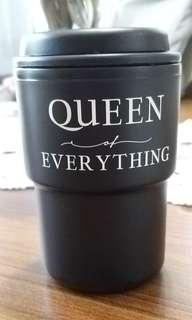 """Tumbler Typo """"Queen of Everything"""""""