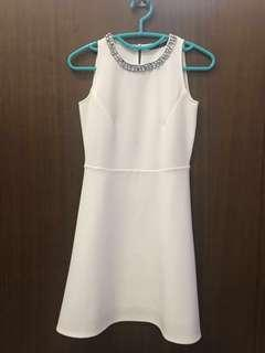 Forme White Semi-formal dress