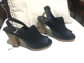 High heels redwine