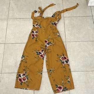 Flowery jumpsuit
