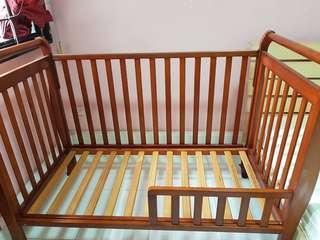 🚚 Junior bed frame