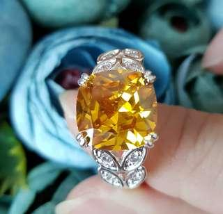 BN Stunning Orange Topaz Solitaire Ring With CZ Leaf Design Details