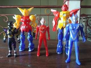 Mainan Robot - Robotan Ultraman dan Transformers