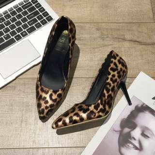 Women Korean Fashion Wild Style Leopard Print Pointed Stiletto [Khaki/Silver]