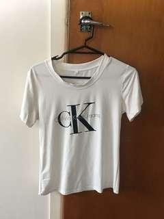 ❤️Calvin Klein Top❤️