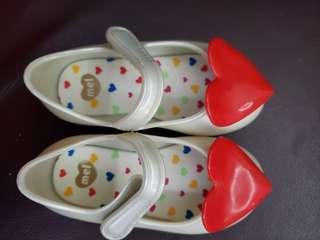 Mel shoes size 13cm,著過一次有盒,包SF站取