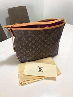 🚚 FAST DEAL ! LV Delighful PM