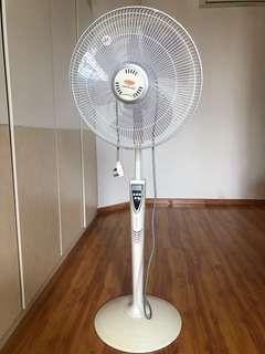 EuropAce Standing Fan