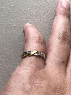 🚚 9k gold diamond ring