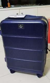 "26"" Hallmark Luggage- Deep blue"