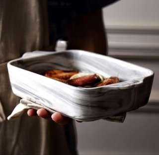 🚚 Brand new Ceramic marble print baking tray