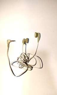 白色米黃圓頭耳機柔軟塑膠外殼 3.5mm插頭