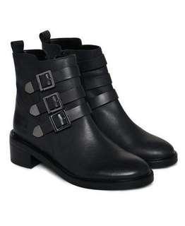 🚚 BN Superdry Black Cheryl Military Boots