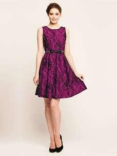 Review Pink & Black Lace Dress