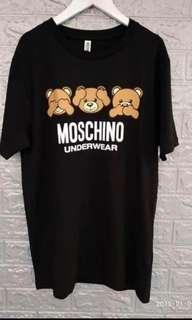 Moschino long Tee Size M L Real and new hkd780