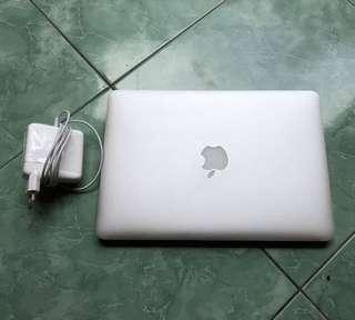 Macbook Pro Retina 13 inch 2015 MF840