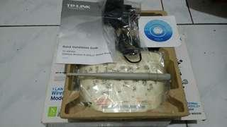 WIRELESS ROUTER TP-LINK TD W-8151N
