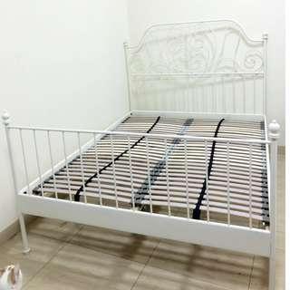 公主床架只使用一次。 尺寸:150X200公分 0918-055-025 陳先生