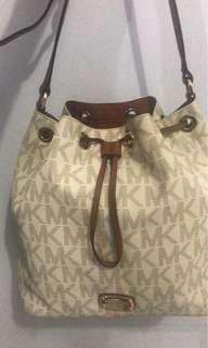 REPRICE Michael Kors Authentic !