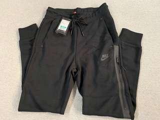 🚚 Nike Tech Fleece 女款 黑色 XS縮口棉褲 683801-010