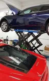 Maserati/Ferrari Private Car Servicing Workshop