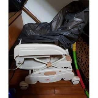 🚚 二手躺椅,也可以當餐椅,限制面交 板橋自取(需要先匯款才可以面交取貨)板橋在南雅夜市*注意*已經沒有搖椅功能(介意勿買)